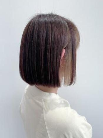 インナーカラーで黒髪も垢抜け!色・髪の長さ別スタイル集