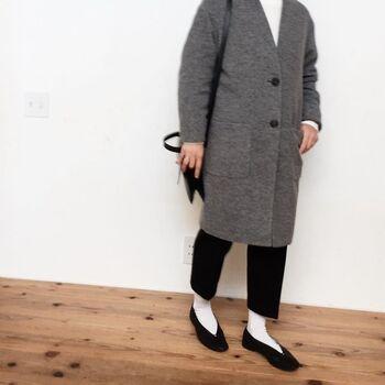 いつもハイセンスなかもめさんも、時にはユニクロやGUなどのプチプラ服を楽しむことも。靴とバッグはいつものお気に入りアイテムでまとめれば上品で大人っぽいプチプラコーデの完成です。