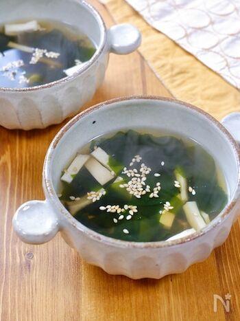和食、洋食だけでなく中華味でもおいしいエリンギレシピ。鶏ガラスープと醤油のシンプルな味付けながら風味豊かな仕上がりに。好みで白ごまをトッピングすれば、見た目も味もアップします。