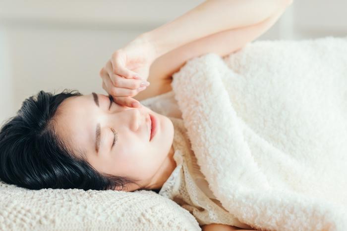 寝具にシュッとひとふき。「ピローミスト」で心地よい眠りの世界へ…