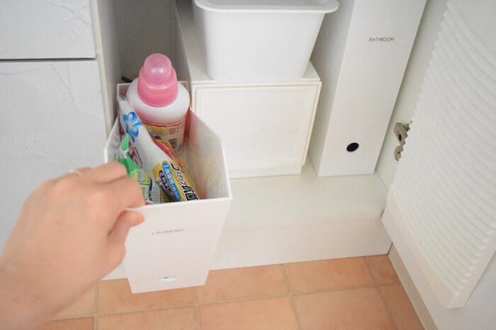 「洗剤収納」どうしてる?すっきり収まる便利グッズ&アイデア特集