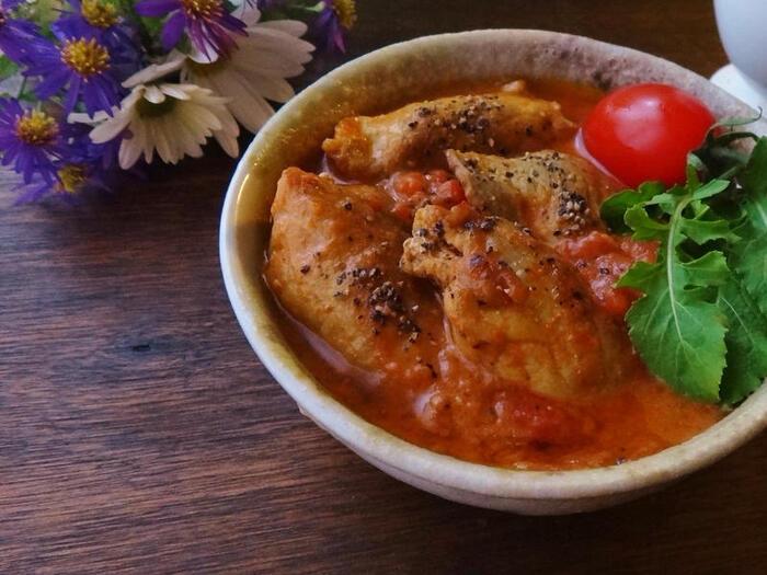 風味も食感も楽しい椎茸の肉巻きがごろごろ入ったミネストローネは、まさに食べるスープ。メープルシロップは、トマトの酸味を抑えるコツのひとつとして活躍しています。  ●このレシピのメープルシロップ量:大さじ2