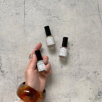 美しく健やかな皮膚を保ち、心が豊かになる化粧品を開発している「osaji」。ネイルポリッシュは爪に負担がかからない、使い心地の良さが魅力です。ネイルに苦手意識がある方も、せひ一度試してみてください。