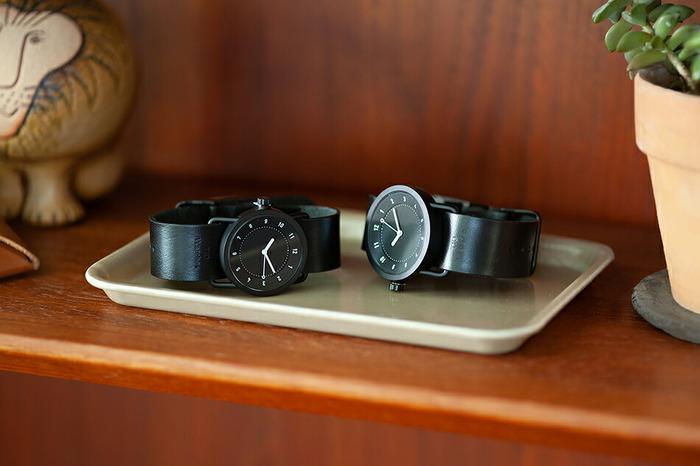 スウェーデンで生まれた腕時計ブランド「TID Watches(ティッド ウォッチズ)」。「To Wear Everyday(毎日身につけるために)」をコンセプトに、シンプルながら機能性の高い、毎日の相棒にしたくなるハイセンスな腕時計を世に送り出しています。サイズは男性用の36mmと、女性におすすめの33mm。