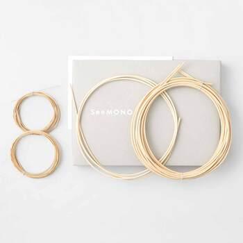 イラストレーターであり、手工芸作家でもある堀川 波さん監修のアイテムは、作り方説明書つきの籐の材料セットが毎月1回、6種類の中から、1種類ずつ届きます。