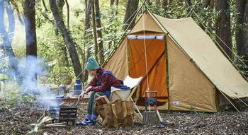 心地よく自然を感じられる秋キャンプ。快適に過ごすためのポイントを押さえつつ、おしゃれなコーデも楽しんでくださいね。