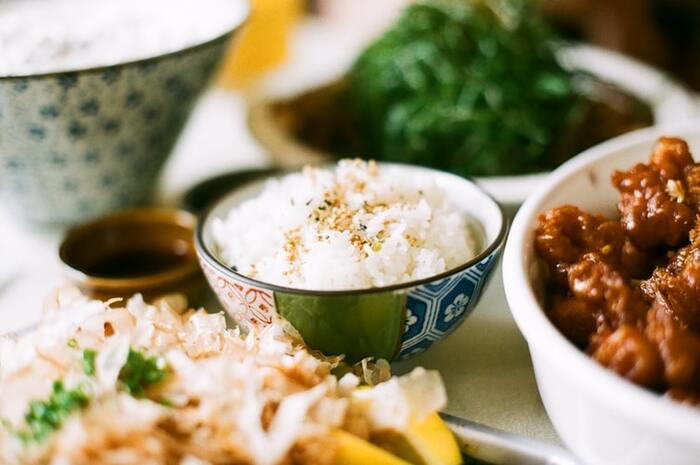 手軽に栄養を♪美味しい「麦ご飯」の基本の炊き方《レシピ付き》