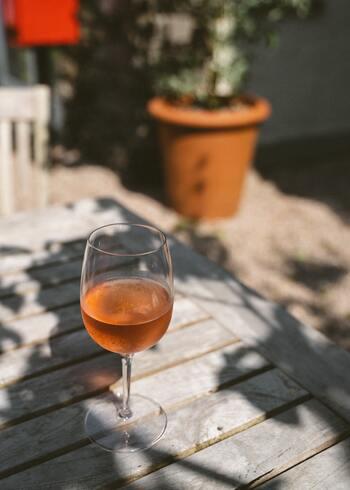 自然派『オレンジワイン』はいかが?いろんな料理に合う、人気のおすすめ10選