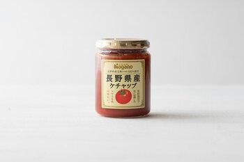 イタリア産有機トマトを主原料に、高知県内の契約農家産の玉ねぎとにんにく、高知県の室戸海洋深層水塩と、原材料にこだわって作られたケチャップ。
