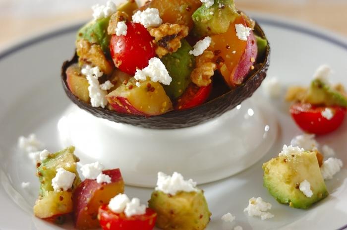 こちらは、マスタードに「醤油」を加えた和風ドレッシング。ハチミツで甘味を出しているのでまろやかな味わいに。秋の味覚さつまいもとの相性も抜群です。色々な野菜との組み合わせが楽しめそうですね。