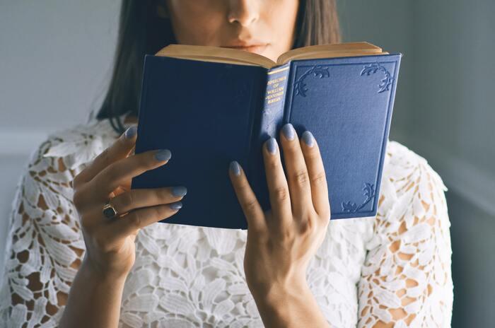 """""""モヤモヤ""""の正体に触れよう。感情を整理できる15冊"""